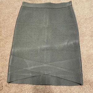 Bebe bandage skirt in green